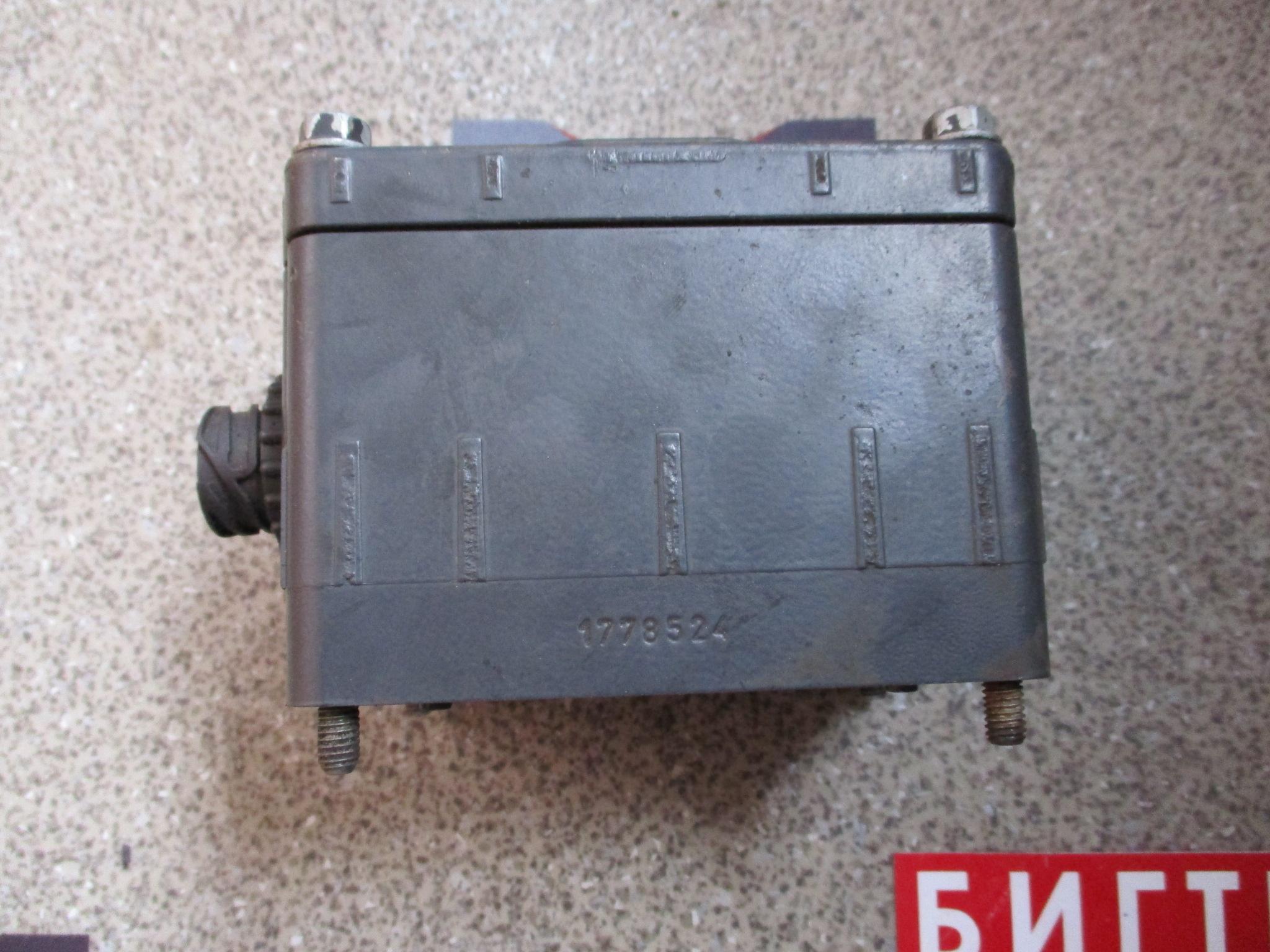 Клапан делителя КПП  Scania P, G, R