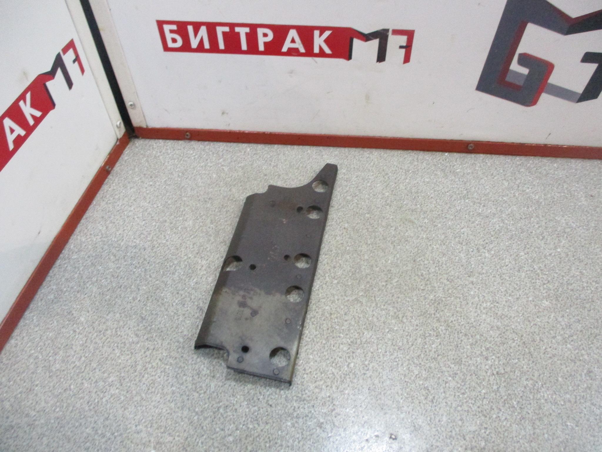 Защита выпускного коллектора передняя D2676 MAN TGX, TGS, TGA
